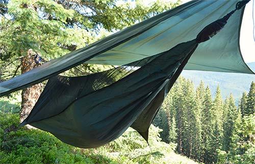 La hamaca ideal para mochileros y amantes de los viajes con una hamaca refugio